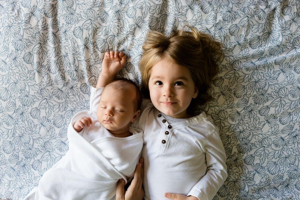 Kinderen op één kamer laten slapen? Hier moet je aan denken
