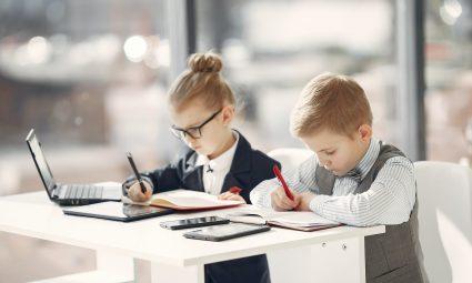 Tips om je kind te stimuleren bij het maken van huiswerk