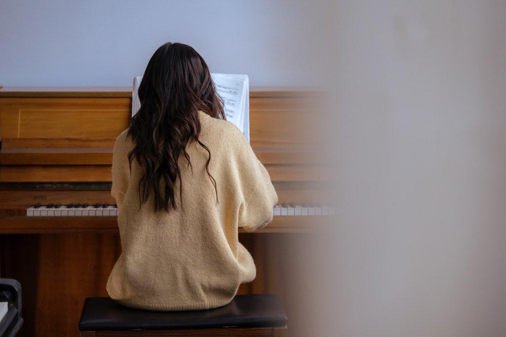 Hoe leer je piano spelen?